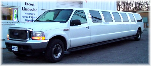 22 passenger Ford SUV limo exterior